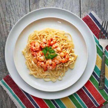 Easy Lemony Butter Shrimp Pasta