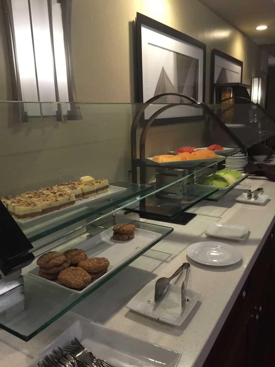 Anaheim Marriott – Concierge Lounge