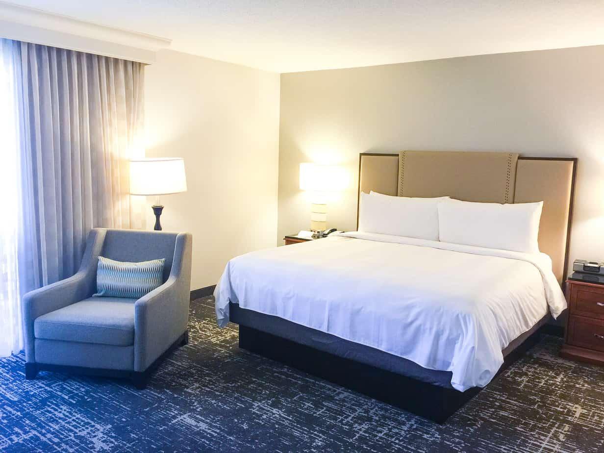 Anaheim Marriott - Room