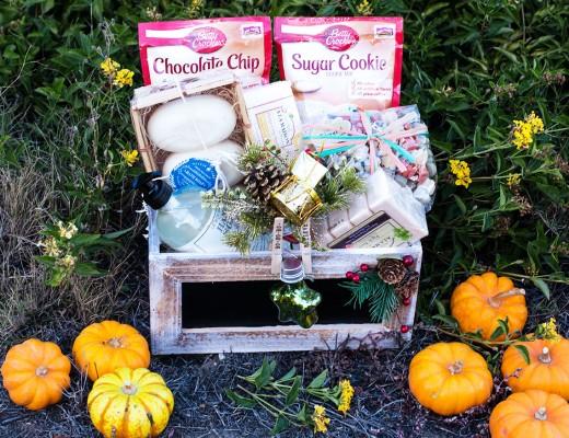 Cute Holiday Gift Basket - Betty Crocker