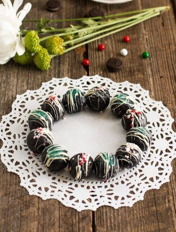 oreo-cookie-balls-holiday