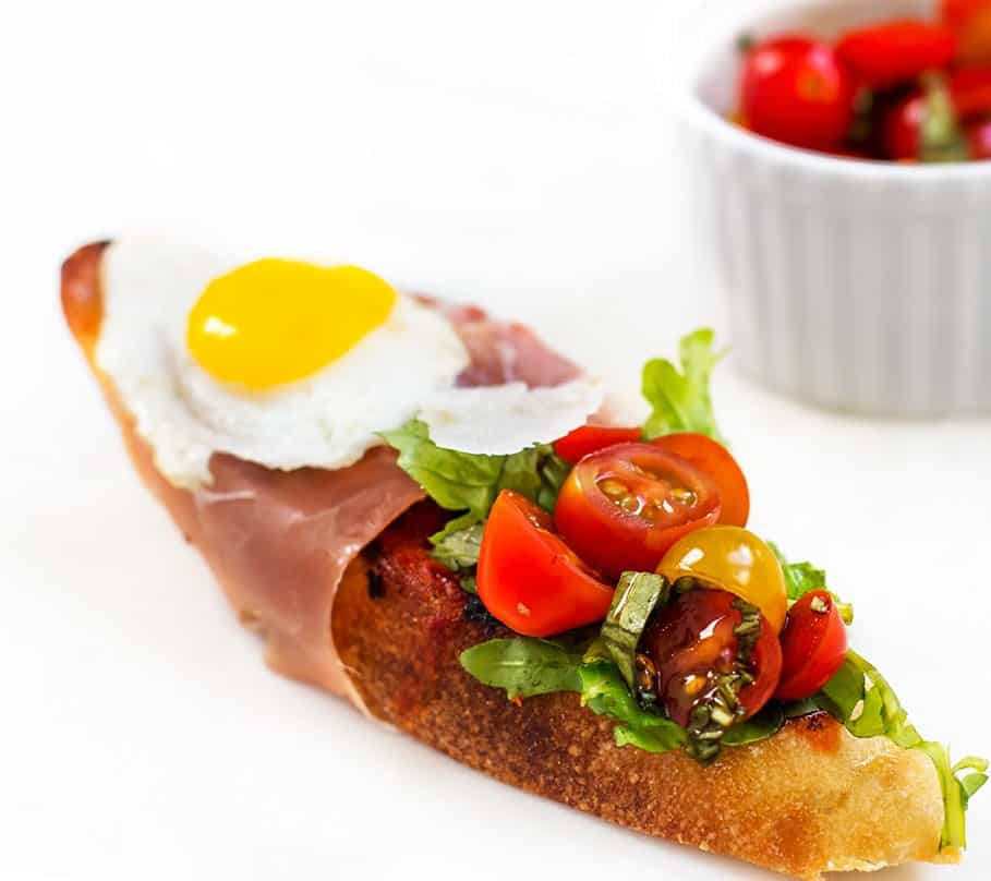 Bruschetta with Prosciutto, Tomato Basil and Quail Eggs ...