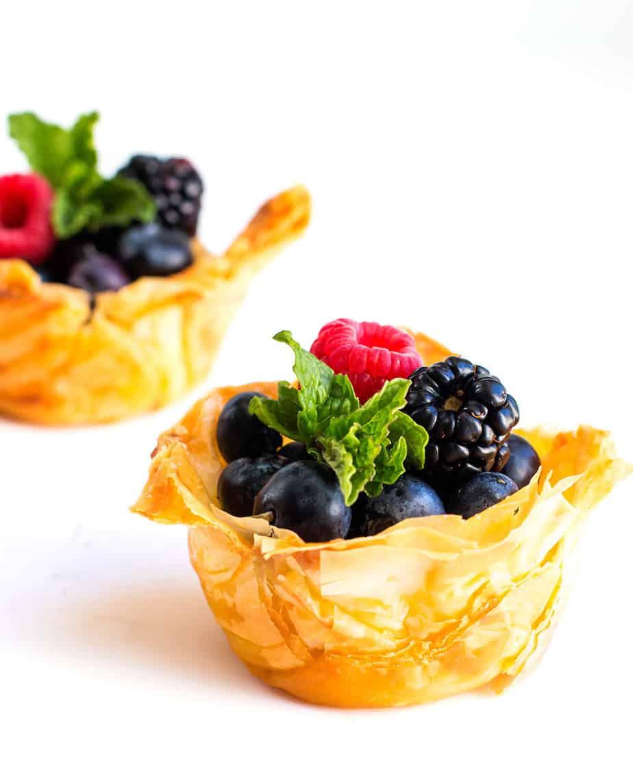 mini-fruit-tart-recipe-mascarpone-cream