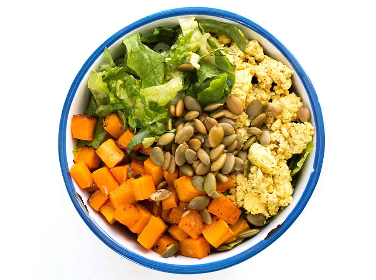 best-tofu-scramble-recipe-turmeric-salad