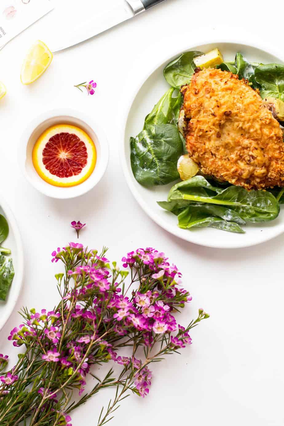 crispy-chicken-parmigiana-salad-hello-fresh