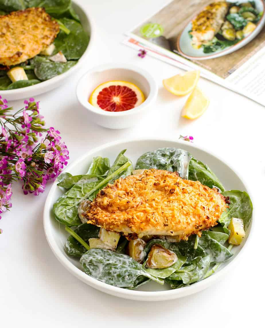 crispy-chicken-parmigiana-salad-hello-fresh