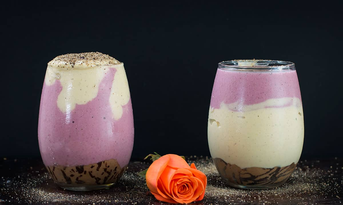 Chocolate-Chip-Cookie-Dough-protein-smoothie-recipe-8