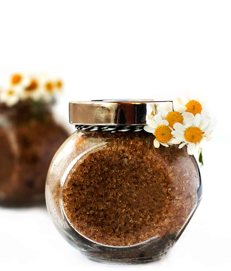 homemade-facial-scrub-brown-sugar-chamomile-peppermint