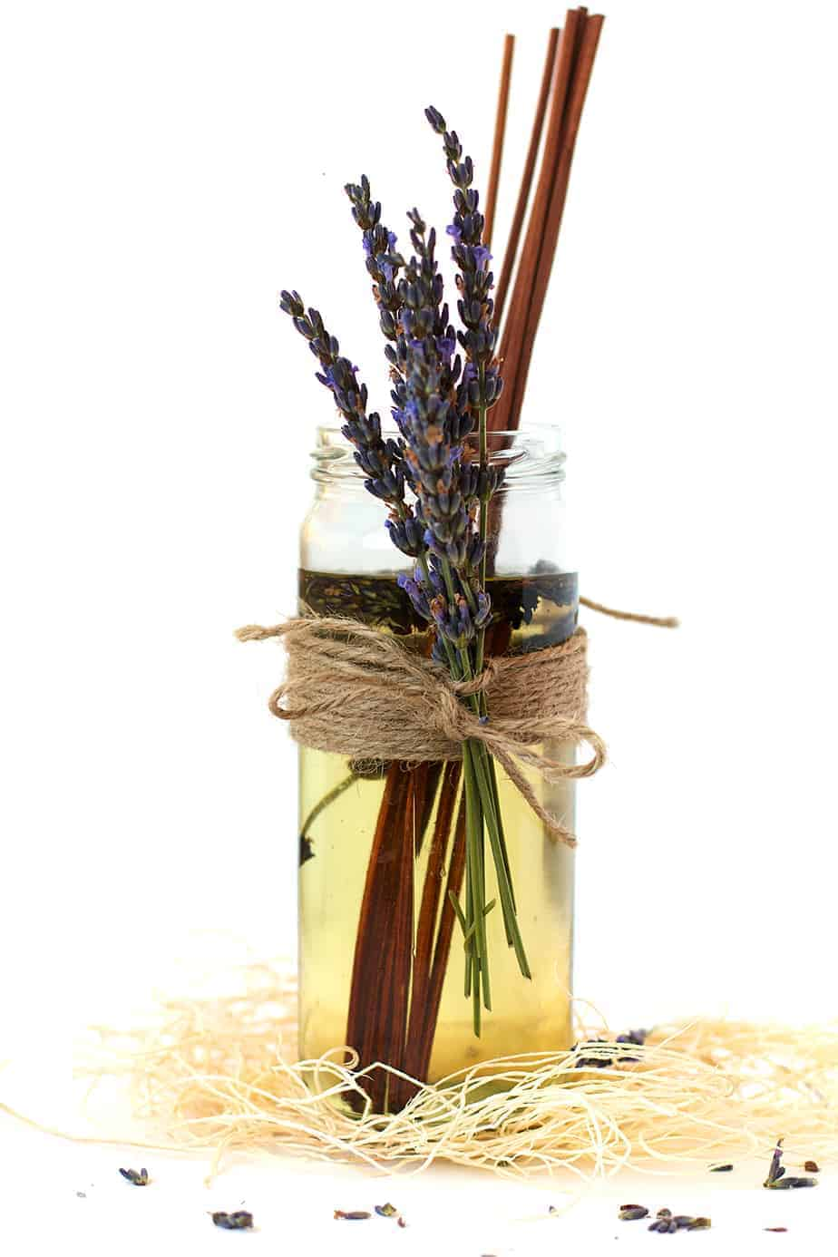 Diy Lavender Oil Diffuser Posh Journal