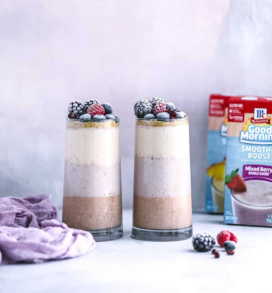3 Colors Breakfast Smoothie with Oatmeal