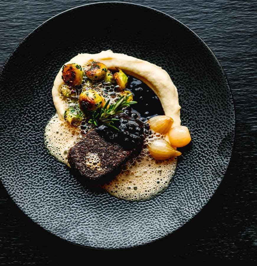 THE CAPELLA BREIDENBACHER HOF HOTEL -Brasserie 1806 Steak