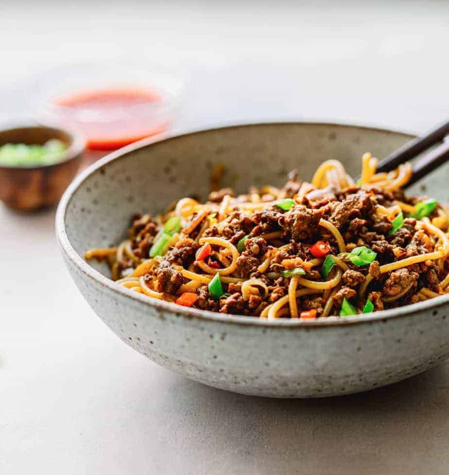 Minced Pork Noodles with Sichuan Peppercorn