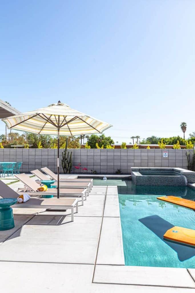 Vacasa Holiday with Pool