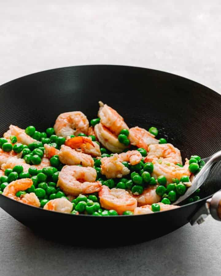 Shrimp and Green Peas Stir Fry