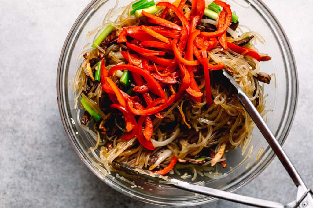 how to make Japchae (Korean Stir-Fried Sweet Potato Glass Noodles)