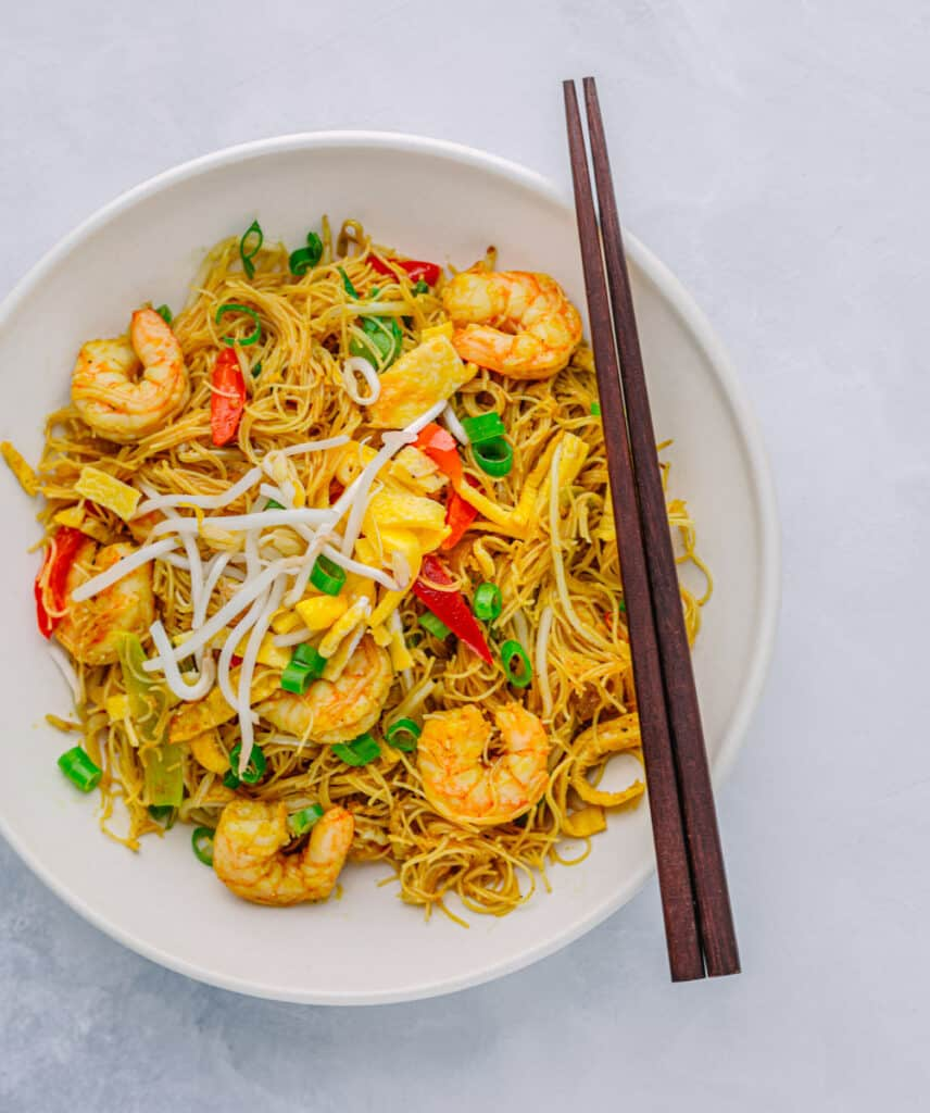 Stir-Fried Rice Vermicelli Noodles with Curry Powder