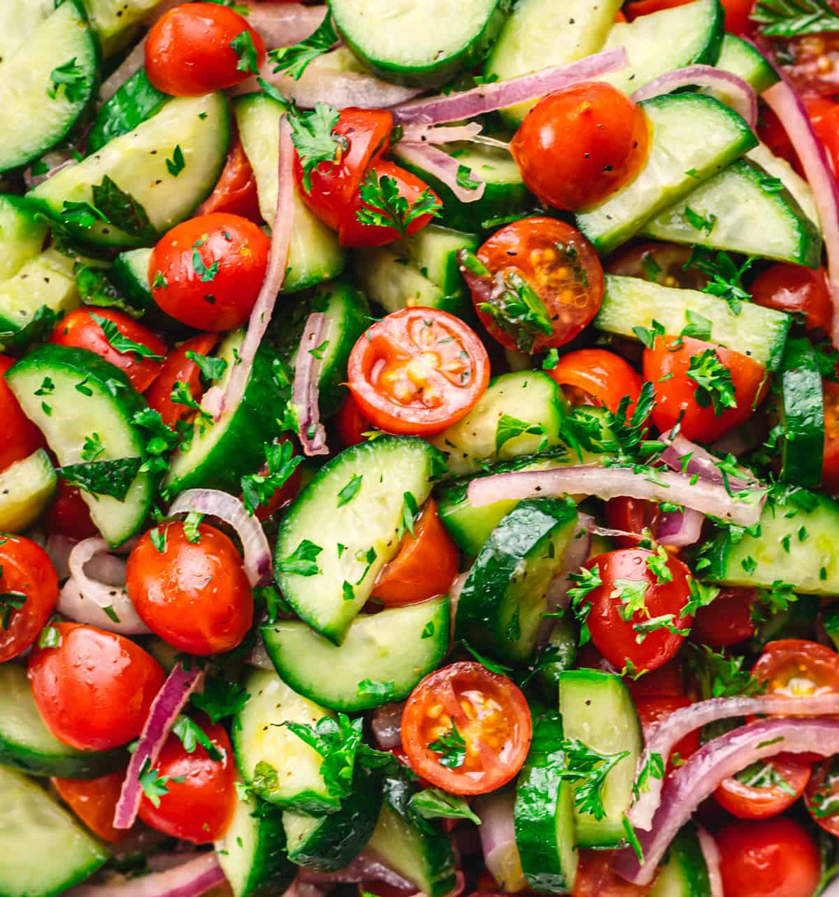Tomato Cucumber Salad with Easy Ingredients