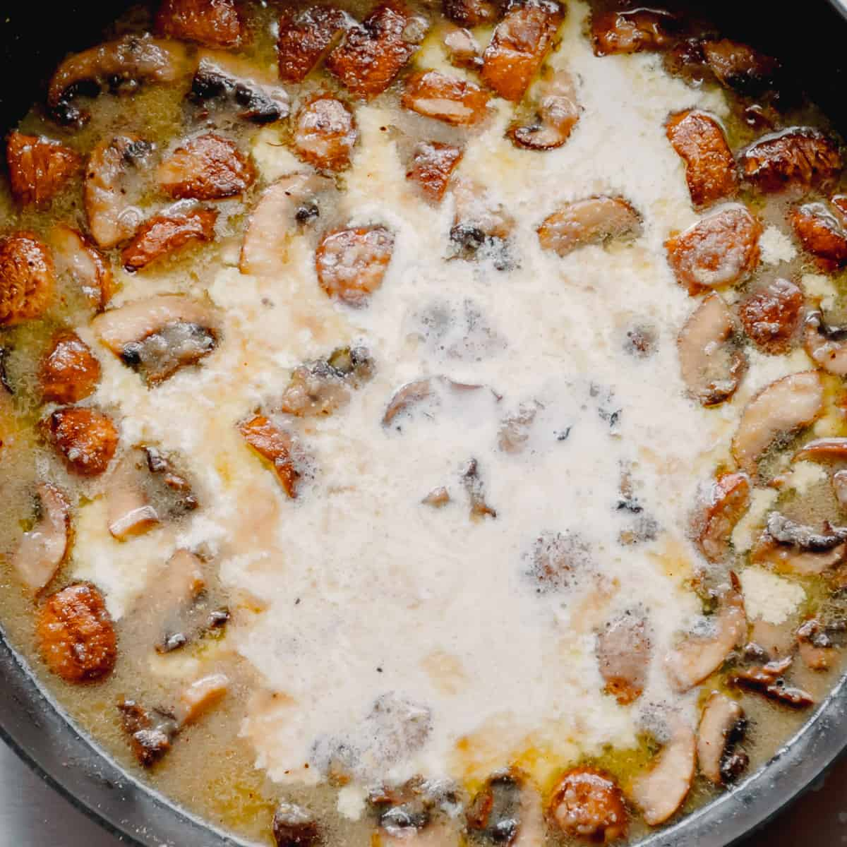 Bechamel Sauce with Mushrooms