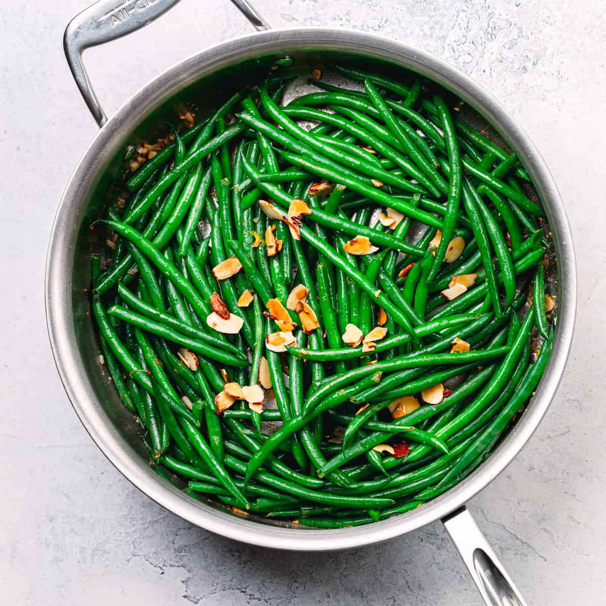 French-Style Green Beans With Almonds