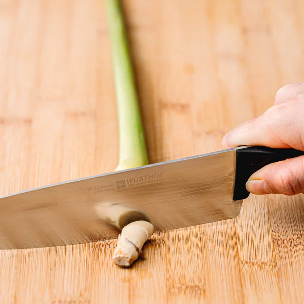 How to Cut Lemongrass
