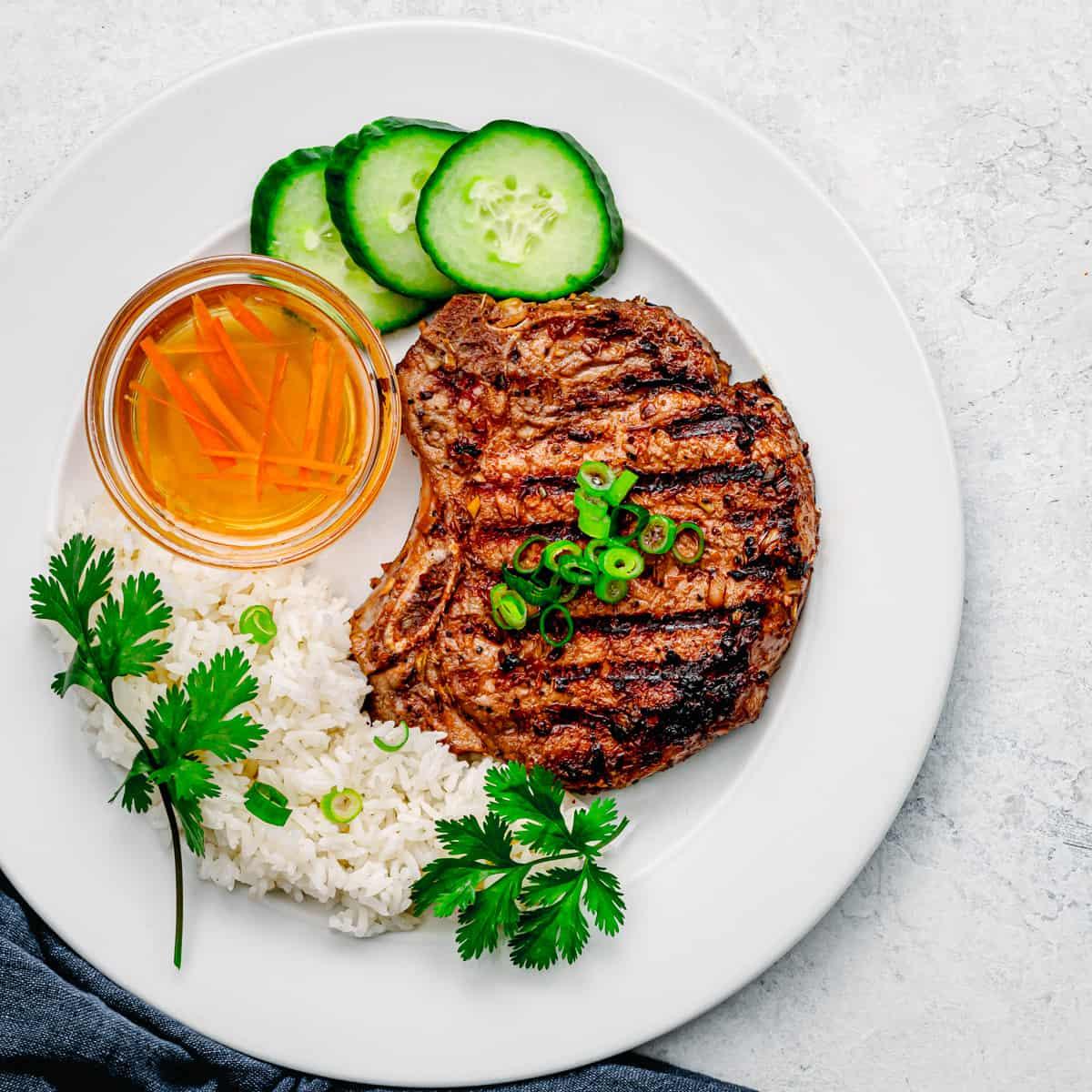 Vietnamese pork chops Sườn Nướng