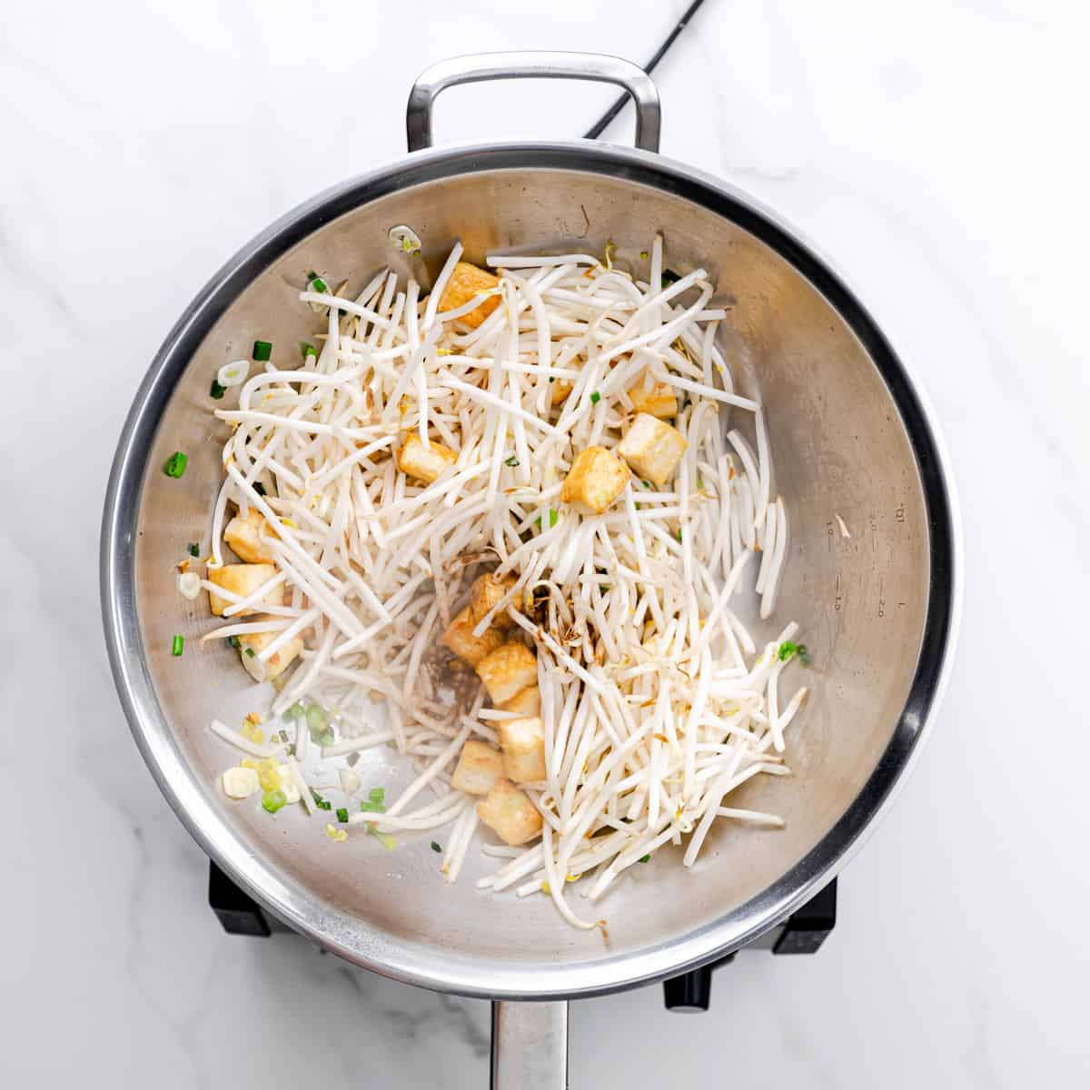 learn how to stir fry bean sprouts.